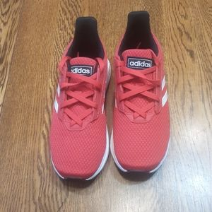 Boy's preowned adidas shoes 13K $25.00 # 1408
